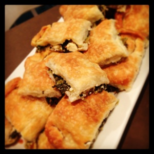 NEVER use phyllo pastry to make spanakopita - ALWAYS make your own!